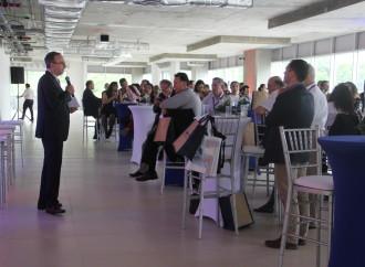 Más de 100 líderes se reúnen en Panamá Pacífico para interactuar sobre las ventajas del Clustering