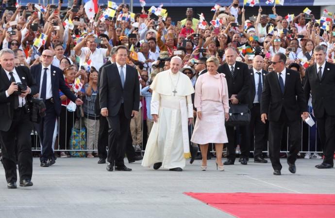 Presidente Varela despidió a su Santidad el papa Francisco que cumplió exitosa agenda en Panamá con motivo de la Jornada Mundial de la Juventud
