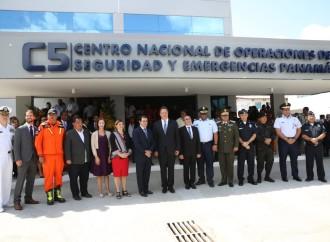 Presidente Varela inaugura la Sala de Comando y Control del Centro Nacional de Operaciones de Seguridad y Emergencias C5 – Panamá