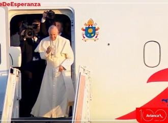 Ya despegó el #ViajeDeEsperanza de Avianca con el Papa Francisco abordo