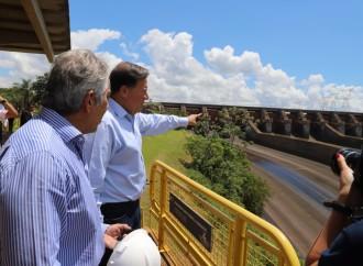 Presidente Varela recorre y conoce operación de la central hidroeléctrica de Itaipú
