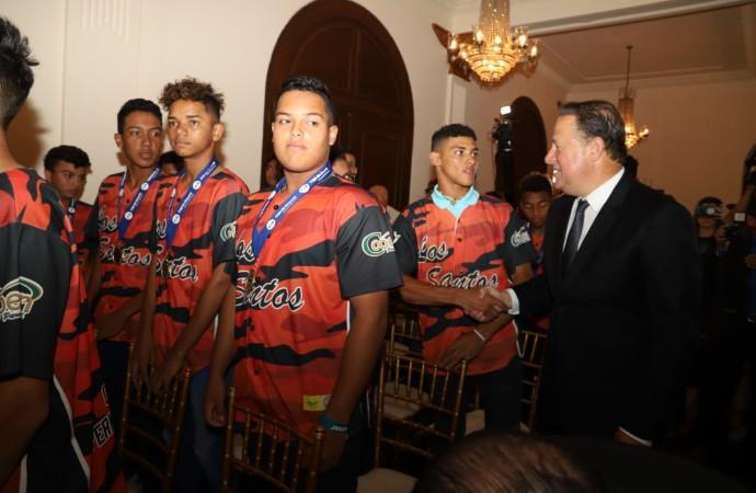 Presidencia de la República rinde homenaje a campeones de la Serie del Caribe y del Campeonato de Béisbol Juvenil 2019