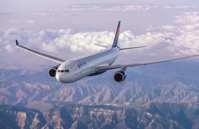 Enfermo a 30.000 pies: Cómo maneja Delta las emergencias médicas a bordo