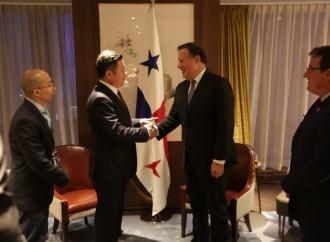 Empresas chinas confirman al presidente Varela el positivo ambiente de inversión en Panamá