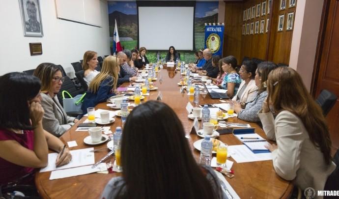 Ministra de Trabajo se reúne con empresas privadas que participarán de la certificación del Sello de Igualdad de Género