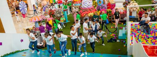 250 niños de Asociación Pro Niñez Panameña celebraron Pascua en Multiplaza Easter Candyland