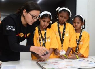 Cinco años y seguimos creciendo: Mastercard se compromete a ayudar a 1 millón de niñas a nivel mundial