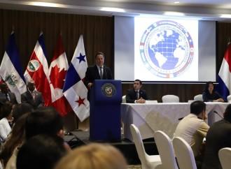 """""""Durante mi gestión reforcé las capacidades de los estamentos de seguridad para enfrentar las amenazas ante el aumento de la producción de droga en la región"""", presidente Varela"""