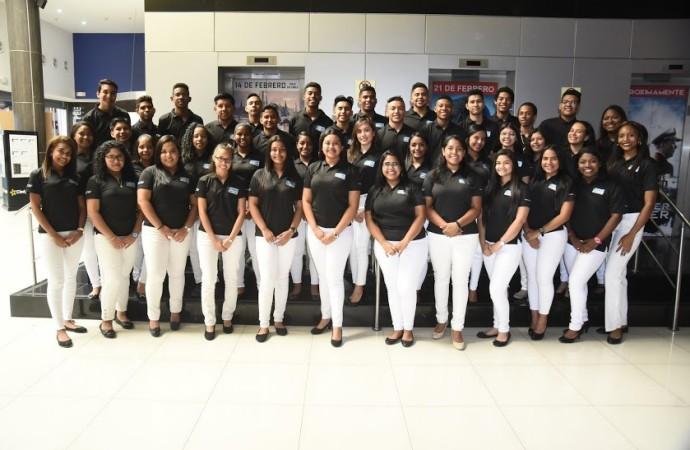 Centro ¡Supérate! Fundación JUPÁ graduó su cuarta promoción de estudiantes