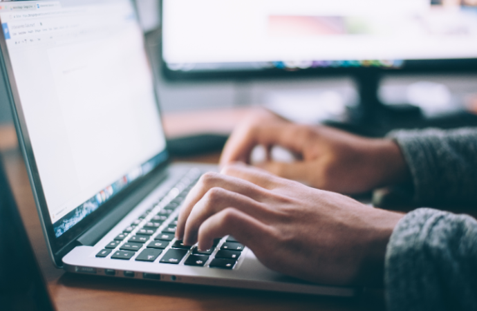 ESET alerta sobre un sitio falso de KeePass que distribuye malware
