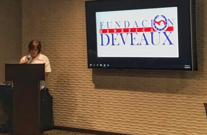 Fundación Deveaux otorgó 60 becas a estudiantes técnicos y universitarios