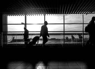 DHS suspende todos los vuelos comerciales de pasajeros y carga entre los Estados Unidos y Venezuela
