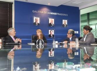 Embajador de El Salvador muestra interés por plataforma SINMA