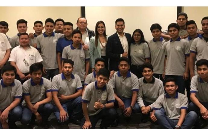 Fundación Ismael Cala firma alianza con Samsung para expandir programas educativos en América Latina