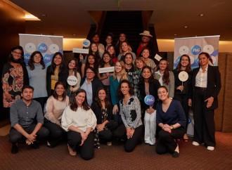 """Panameñas ganadoras del concurso """"Voces que inspiran"""" participaron en el encuentro Academia de Liderazgo"""