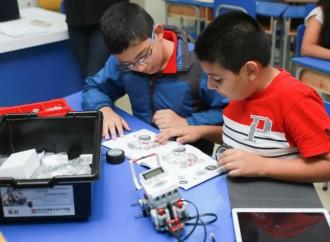Samsung ayuda a germinar clubes de programación en escuelas de países de la región