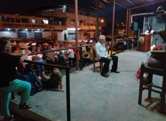 Santeños en San Miguelito celebraron anoche la Cruz de 3 de Mayo para Bendición de Siembras