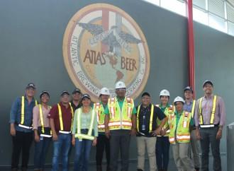 Delegación del Ministerio de Ambiente visita las instalaciones de Cervecería Nacional