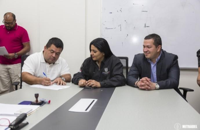 Acuerdo entre DHL Aero Expreso y UNPAC con mediación MITRADEL deja sin efecto llamado a huelga