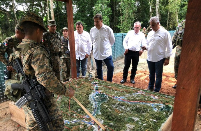 Presidente Varela agradece a miembros del Senafront y de la fuerza armada colombiana su trabajo en pro de la seguridad y defensa en la frontera binacional