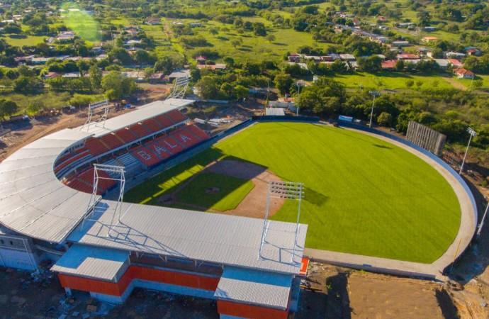 """Clásico de Azuero en el nuevo estadio Roberto """"Flaco Bala"""" Hernández"""