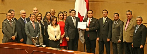 Carrizo Jaén: Gobierno cumple en 16 días promesa de presentar reformas constitucionales