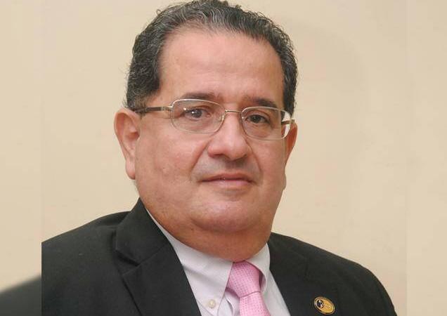 Ejecutivo nombra Oscar Sittón Ortega nuevo director de Senadis