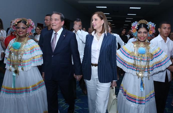 """Presidente Cortizo Cohen: """"tenemos una apuesta en reformar sistema educativo"""""""