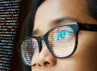 Mujeres en tecnología: avanzando en la dirección correcta