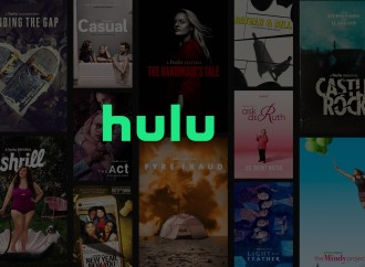 """""""The Handmaid's Tale"""" y más contenido original de Hulu se estrenará pronto en Delta a medida que la aerolínea incorpora más pantallas en los respaldares de los asientos"""