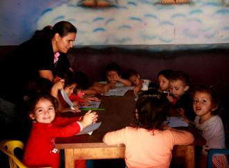 CAF destaca Buenas prácticas de maestros en América Latina que se pueden replicar