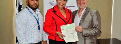 Zona Libre entrega a Municipios apoyo económico por B/. 644,000 para que desarrollen proyectos