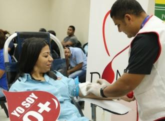 Grupo Melo dona 109 pintas de sangre para pacientes del Instituto Oncológico Nacional