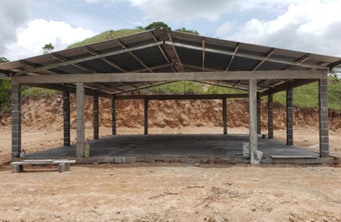 Parque Eólico Toabré apoya a la comunidad de Monte Grande en la construcción de Casa Comunal
