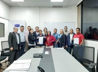 Trabajadores de industrias lácteas y empresa Bonlac logran acuerdo con mediación del Mitradel