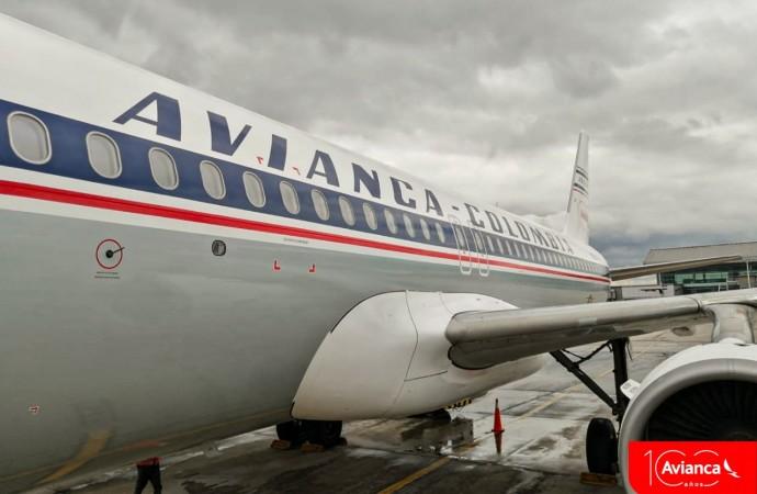 Avianca presenta avión conmemorativo de sus 100 años