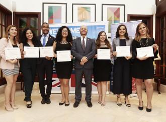 La Embajada Británica en Panamá ofrece recepción en honor a los becarios Chevening 2019-2020