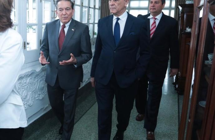 Presidente Cortizo Cohen se reúne con integrantes del Consejo Nacional de Periodismo