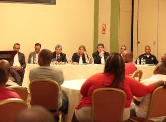 Gobierno y dirigentes de Colón instalarán mesa para afrontar necesidades de la provincia