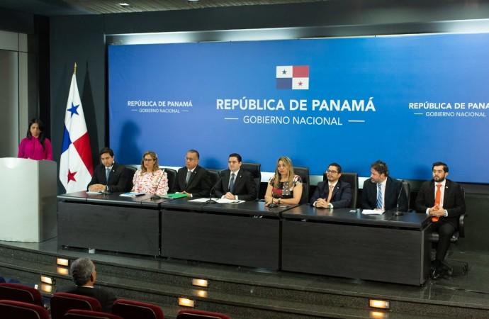 Ministros destacan reactivación económica, institucionalidad y diálogo