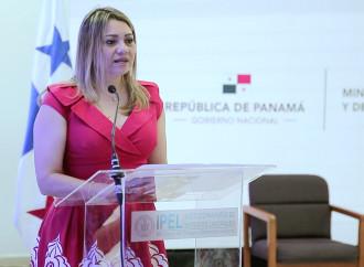 Autoridades analizan el futuro del trabajo en el marco del aniversario del IPEL