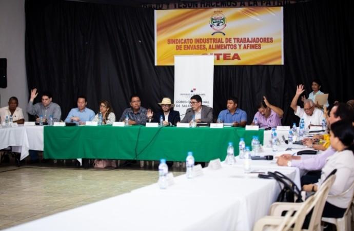 Coclesanos ofrecen sus aportes al análisis del Salario Mínimo