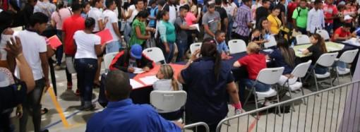 Residentes de Panamá Norte acuden a la Feria de Oportunidades