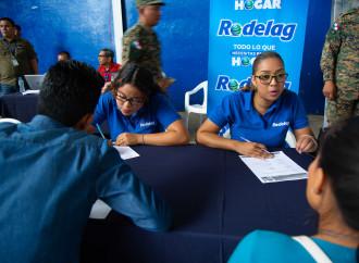 Residentes de Panamá Este acuden a Feria de Oportunidades