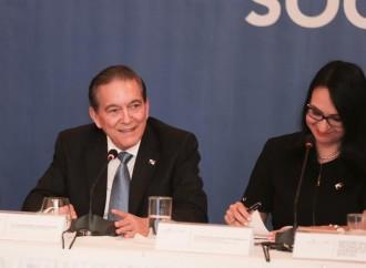Presidente Cortizo Cohen mantiene su compromiso de dotar al país de una nueva Constitución