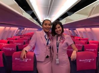 Primer vuelo Rosa de Copa Airlines sorprendió a pasajeros con un mensaje de vida