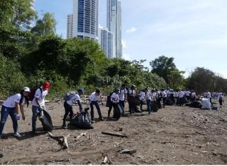 #VoluntariadoNacionalPTY realizó jornada de limpieza de playa en Costa del Este