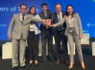 Ministros y autoridades de turismo suscribieron acuerdo de trabajo conjunto durante el ALTA Airline Leaders Forum