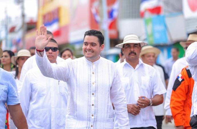Vicepresidente Carrizo Jaén encabeza actos protocolarios en Penonomé