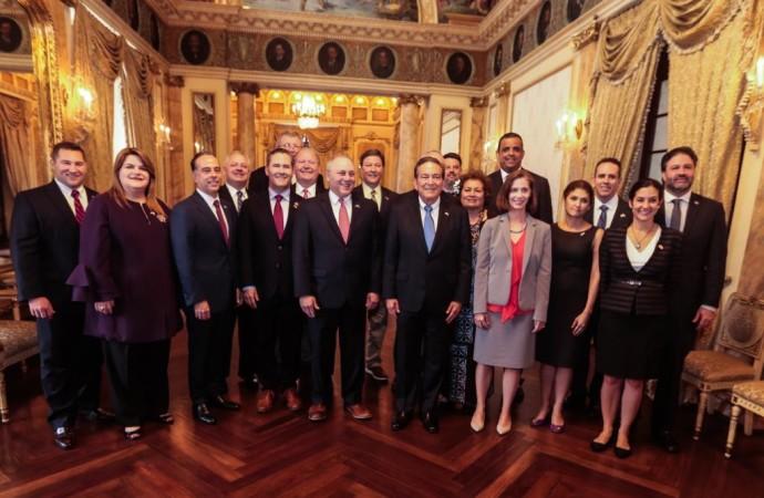 Seguridad, inversiones y cooperación, agenda con congresistas de EE.UU.